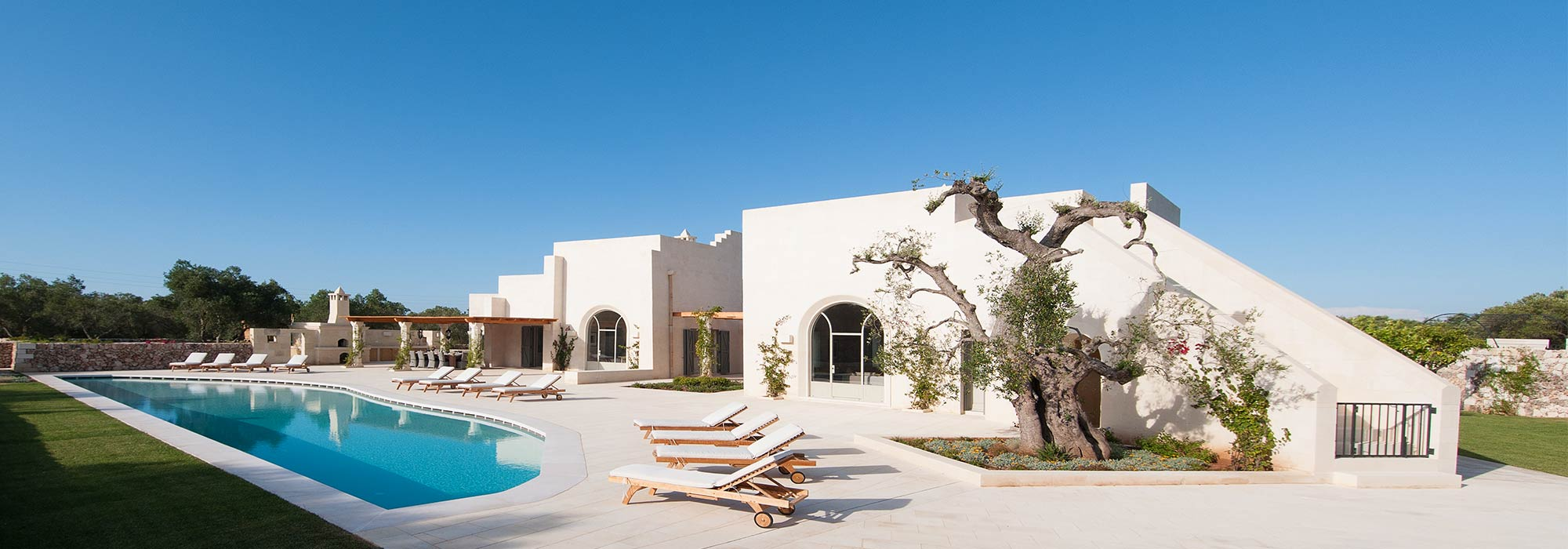 Masseria Campo dei Fiori – Luxury Rental Villa with pool in Puglia – Sleeps 12 – SPECIAL OFFERS