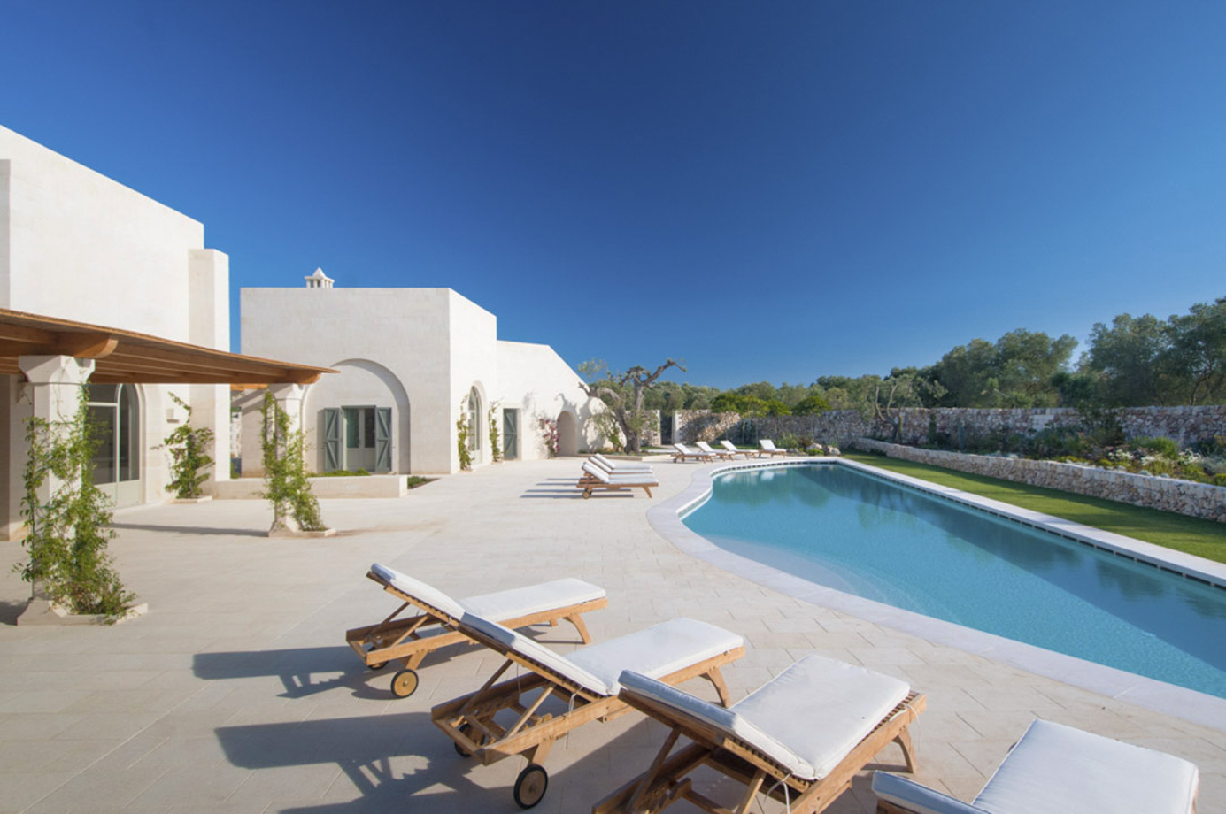 Masseria Campo dei Fiori – Luxury Rental Villa with pool in Puglia – Sleeps 12
